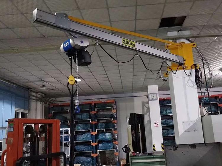 为什么辰泓悬臂吊的起重设备运用铝轨做悬臂